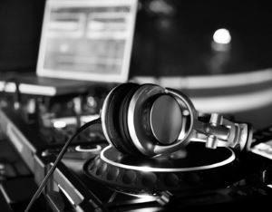 soirée Hyères running days repas et DJ